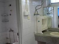 2847农行宿舍 八百半旁 二室二厅5/5.宽敞明亮,家具电器日用都有.850月