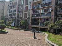 出售明镜湖小区 电梯5楼 103平米三室二厅 毛坯 70万住宅