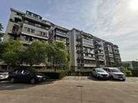 人民医院附近 阳光小区 4楼 2室 精装修 拎包入住 1200月
