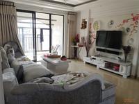 城东、贝林上苑、高层101M²,南北通透精装房出售。