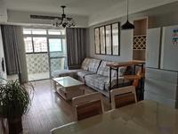 盛世御景 两居室 精装修 出租 生活配套齐全 看房方便